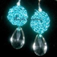 Boucles d'Oreilles gouttes de cristal et fibres brillantes au crochet
