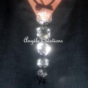 Pendentif en perles de cristal(5) sur lien (PV 35€)