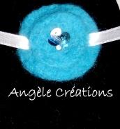 """collier """"Douceur"""" en pure laine bleue pour enfant (PV12€)"""