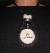Pendentif /collier pure laine