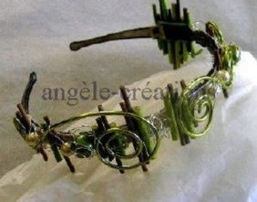 Serre tête /head band en perles, bois et fil d'aluminium