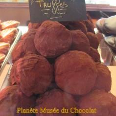 truffes en chocolat au musée du Maitre Chocolatier Serge Couzicou