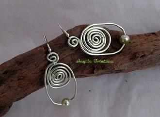 """Boucles d'oreilles """"Calder""""(PV20€)"""