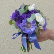 Bouquet de mariée bleu et blanc