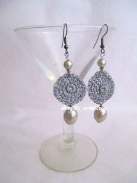 Boucles d'oreilles gris perle