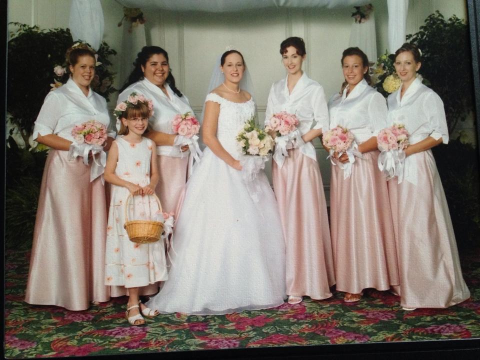 Photo traditionnelle EU mariée et ses demoiselles d'honneur