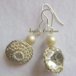 """Boucles d'oreilles """"Perles de cristal"""" doré (PV 45€)"""