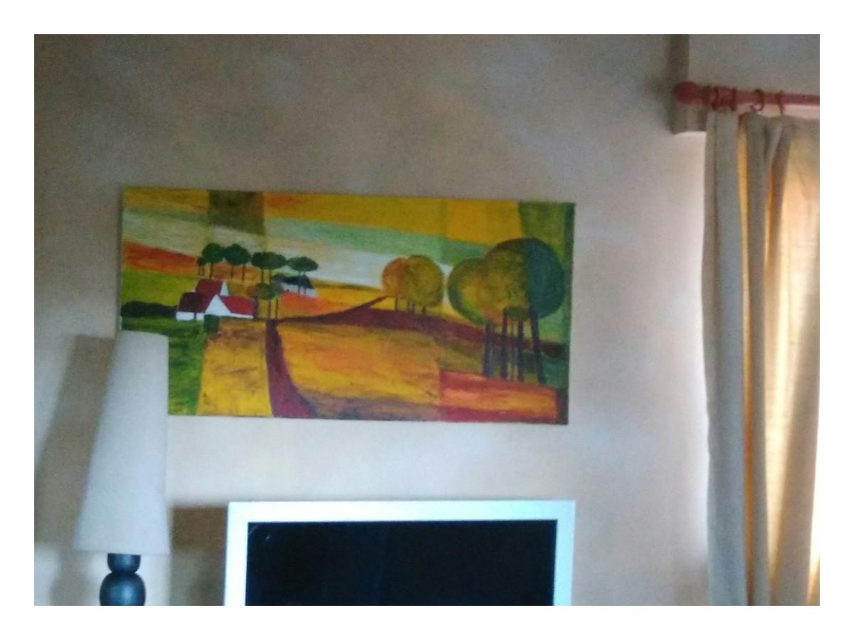 un de mes tableaux au mur