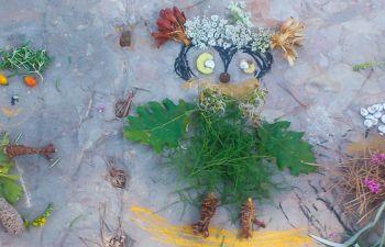 Création lors d'un atelier de land'art enfant