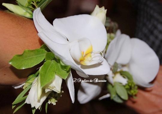 Bracelet floral pour la mariée, ses témoins ou demoiselles d'honneur