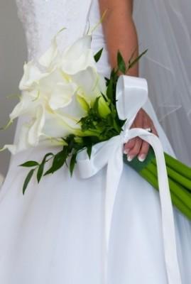 Bouquet de mariée en calla blancs