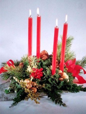 Centre de table, bougies rouges pour Noël