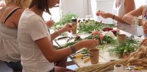 Atelier EVJF (Enterrement de vie de jeune fille ) Préparation d'un bracelet floral