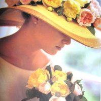 chapeau de paille guirlande de pivoines