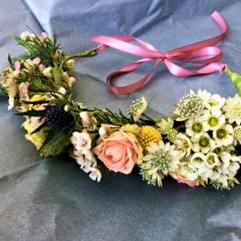 couronne fleurs naturelle variée