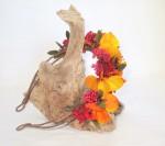 Accessoires en fleurs stabilisées colorées