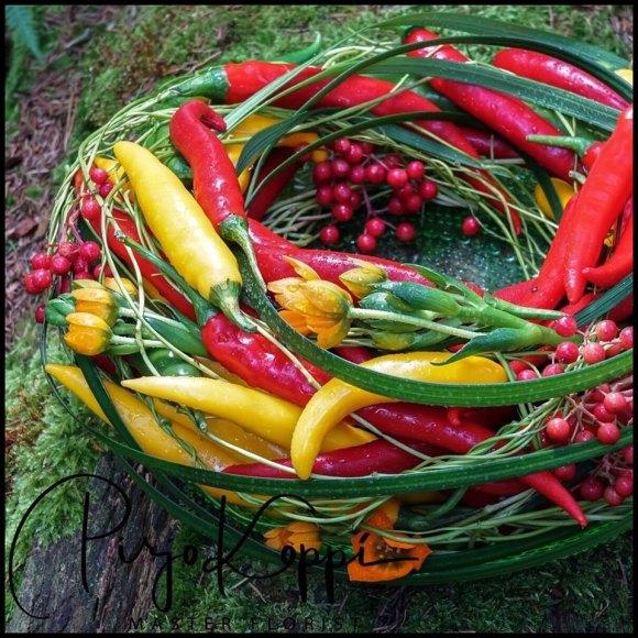 Décoration en couronne de piment