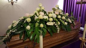 Beau dessus de cercueil